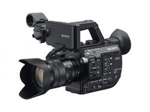Sony PXW-FS5 + Objetivo Sony E PZ 18-105mm f/4 G OSS