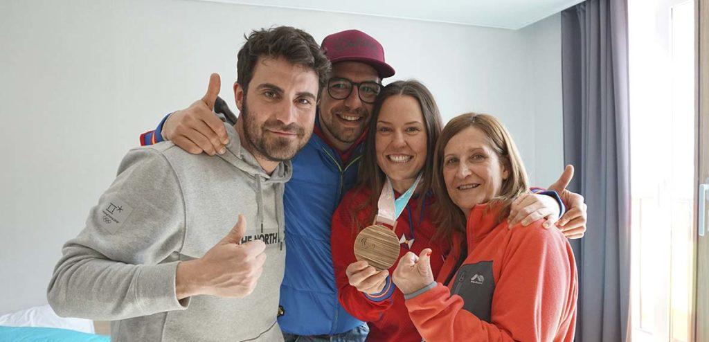 Marc Galver, el entrenador Albert Mallol, Astrid Fina y su madre Gemma Paredes