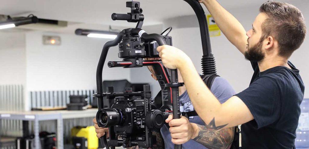 Buscas trabajo audiovisual en Madrid Avisual PRO material