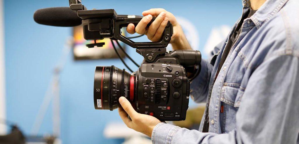 Canon EOS C300 Mark II an CN-E prime lenses