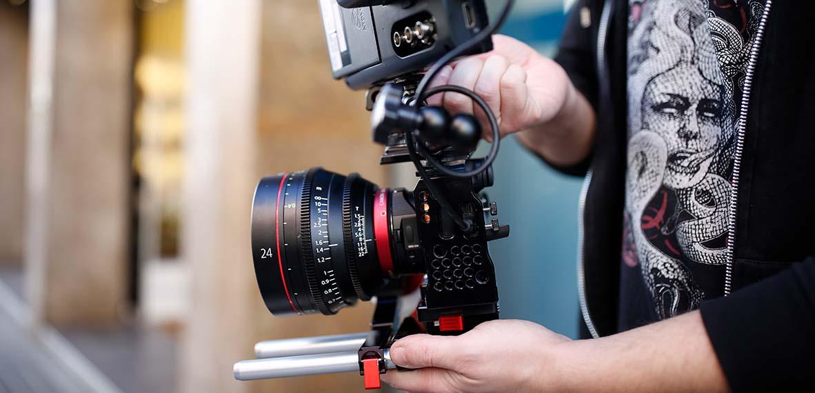 Cómo hacer un corto de bajo presupuesto_alquiler de material audiovisual